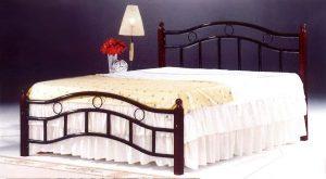 سرير كينغ خشبي من الخشب الصلب من ماركة جالاكسي براون - 180 × 190 سم GDF-6888KCBR