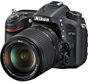 نيكون D7100 كاميرا دي اس ال ار - 24.1 ميجابيكسل، و 18-140 ملم طقم عدسة، اسود