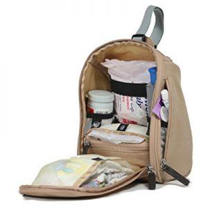 كيفية تجهيز الحقيبة الخاصة بالسفر مع الطفل الرضيع ؟