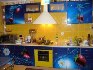 المطبخ الإكريليك