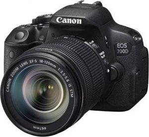 كاميرا كانون EOS 700D