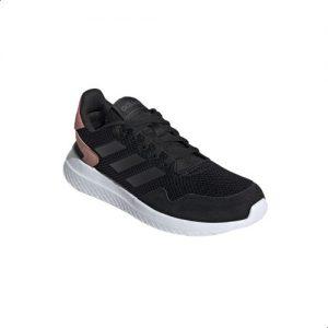 حذاء رياضي حريمي اديداس
