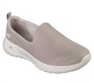 حذاء رياضي من ستيكرز